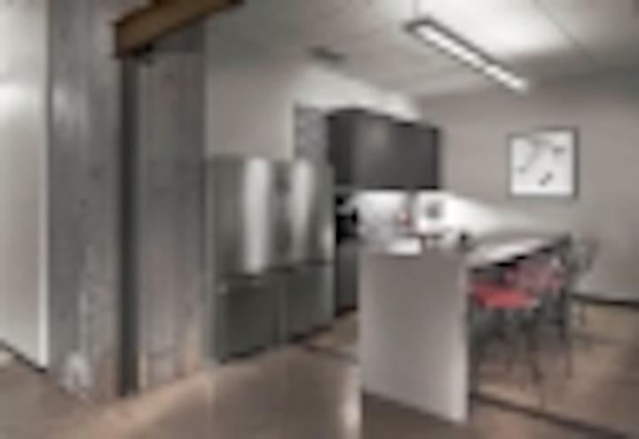 Content Dam Leds En Articles Iif 2013 10 Acuity S Peerless Announces 360 Led Luminaire Lithonia New Fixture Leftcolumn Article Thumbnailimage File