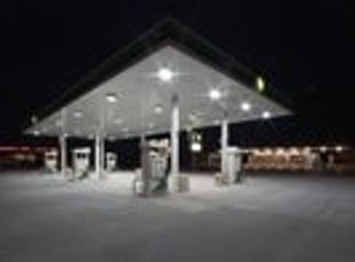 Content Dam Leds En Articles Print Volume 5 Issue 4 Features Led Illuminated Gas Station Sees Higher Traffic And Reduced Costs Leftcolumn Article Thumbnailimage File