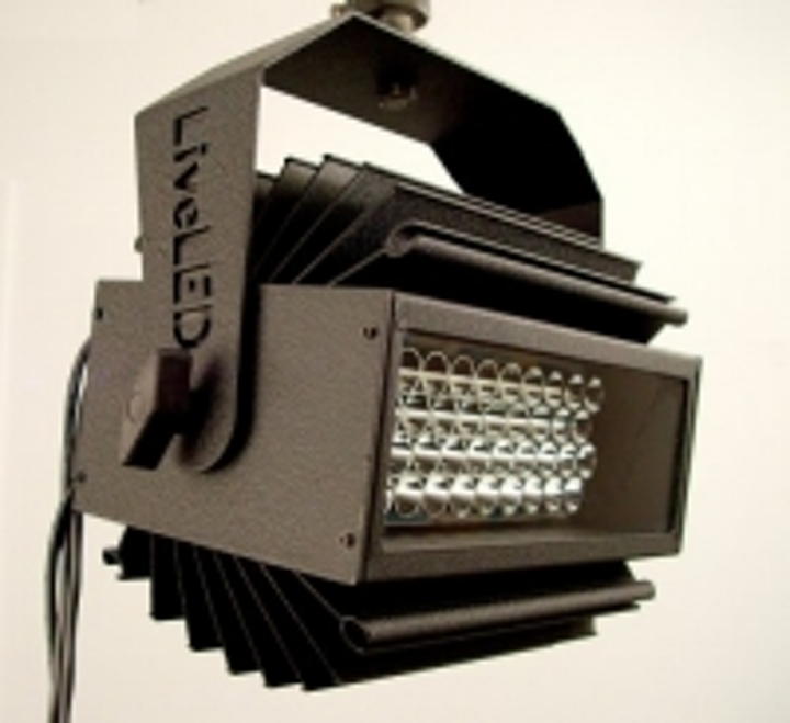 Content Dam Leds En Ugc 2004 10 Liveled 100 Fixture From Alsi Provides 1400 Lumens Leftcolumn Article Thumbnailimage File