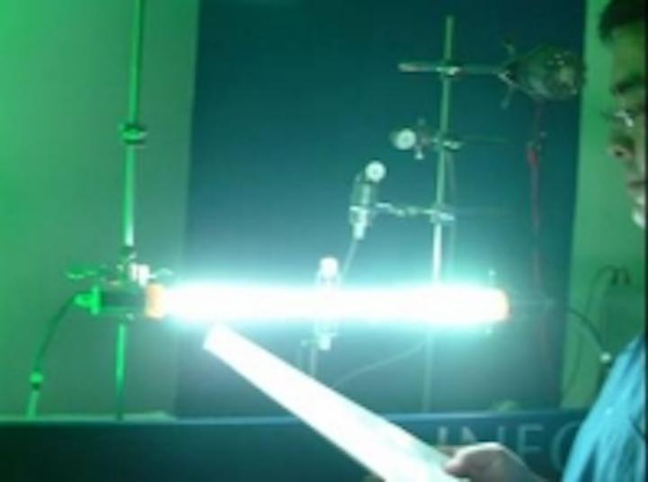 Content Dam Leds En Ugc 2005 09 Neopac Launches Led Tube Light To Replace Fluorescent Lamps Leftcolumn Article Thumbnailimage File