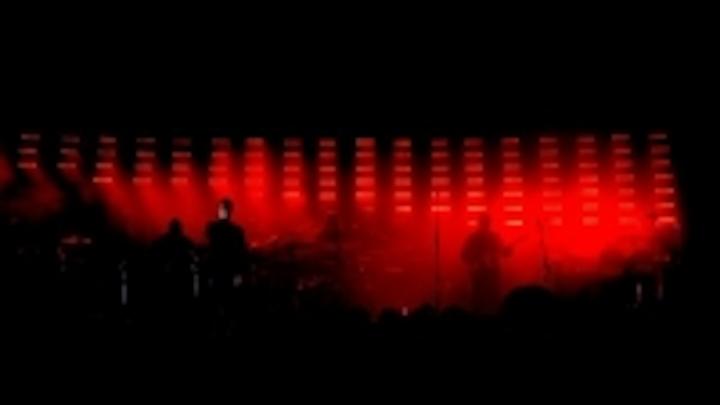 Content Dam Leds En Ugc 2006 07 Chroma Q Led Color Blocks Supplied For Massive Attack Tour Leftcolumn Article Thumbnailimage File