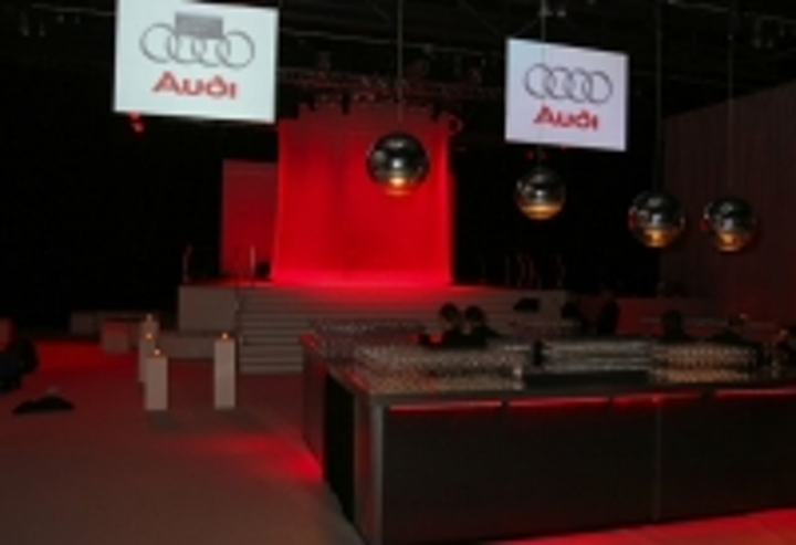 Content Dam Leds En Ugc 2007 01 I Pix Satellite Led Fixtures For Audi R8 Launch Leftcolumn Article Thumbnailimage File