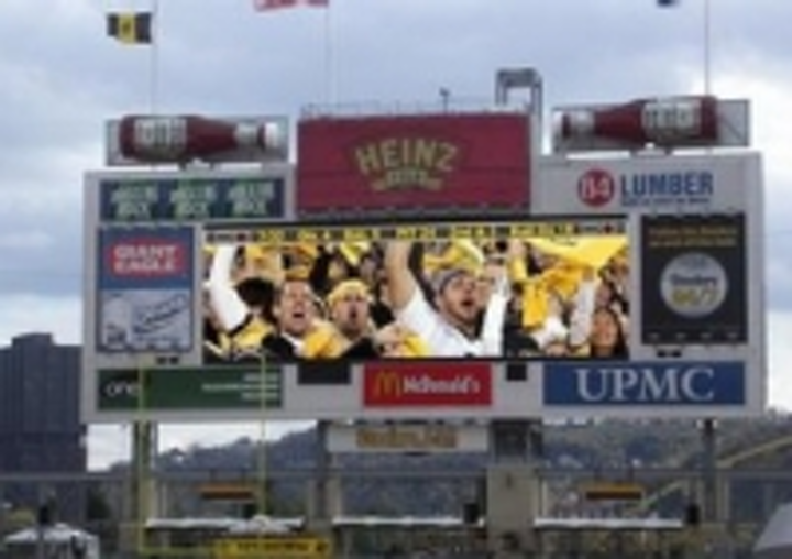 Content Dam Leds En Ugc 2007 02 Steelers Choose Daktronics Hd X Led Screen For Heinz Field Leftcolumn Article Thumbnailimage File