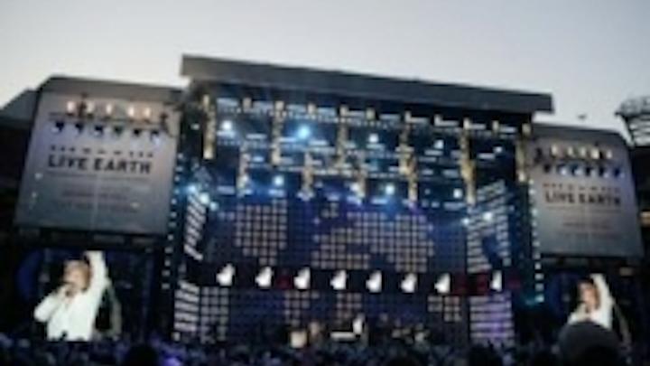 Content Dam Leds En Ugc 2007 07 Pixelrange Rocks The Globe On Live Earth Concerts Leftcolumn Article Thumbnailimage File