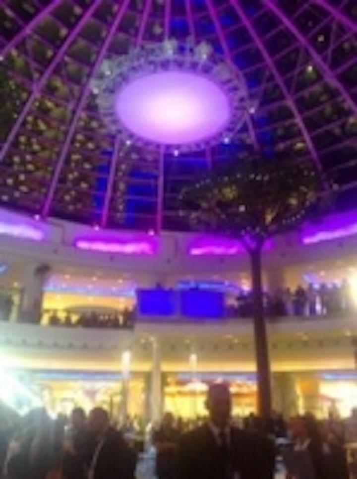 Content Dam Leds En Ugc 2007 12 Led Lights From Solar Illuminate Exclusive Italian Shopping Centre Leftcolumn Article Thumbnailimage File