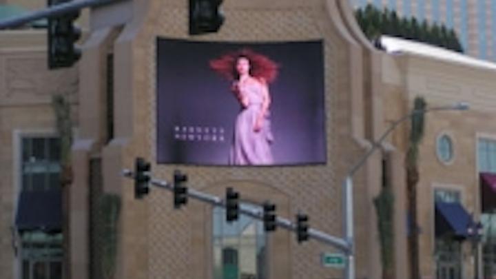 Content Dam Leds En Ugc 2008 01 Daktronics Video Technology Hits Palazzo Las Vegas Leftcolumn Article Thumbnailimage File