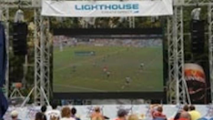 Content Dam Leds En Ugc 2008 04 Lighthouse Screens In Sevens Heaven Again Leftcolumn Article Thumbnailimage File