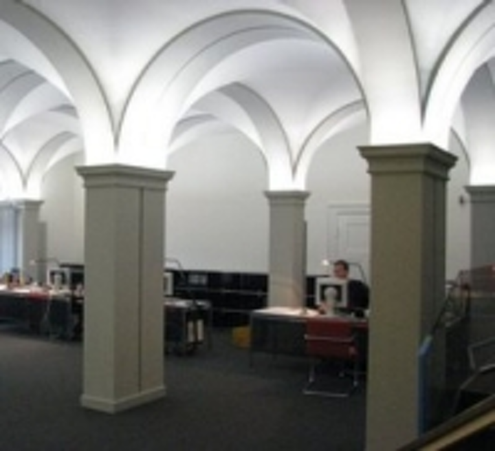 Content Dam Leds En Ugc 2008 07 Anolis Lights Ihk Building In Braunschweig Leftcolumn Article Thumbnailimage File