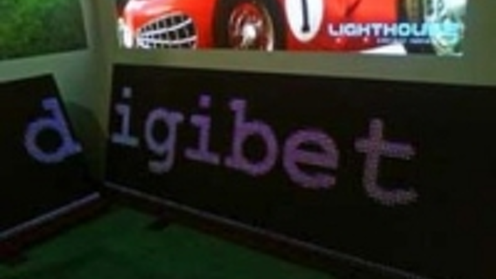 Content Dam Leds En Ugc 2008 10 Lighthouse Launches New B10 Banner Panel At Leaders In Football Leftcolumn Article Thumbnailimage File