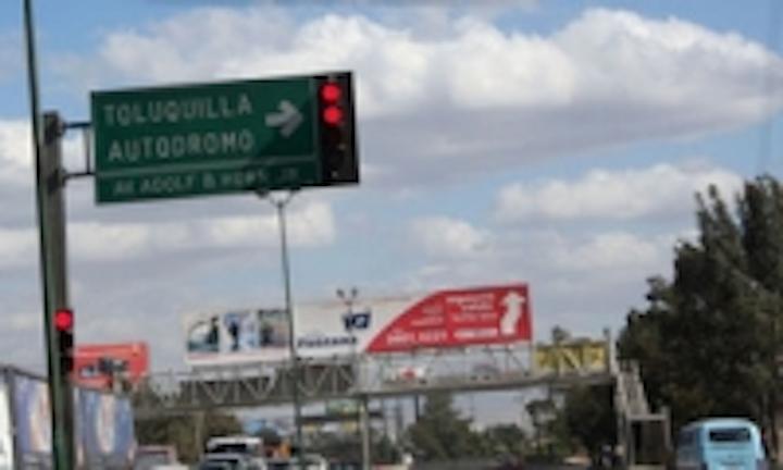 Content Dam Leds En Ugc 2009 01 Bbe Led Traffic Light In Mexico Leftcolumn Article Thumbnailimage File
