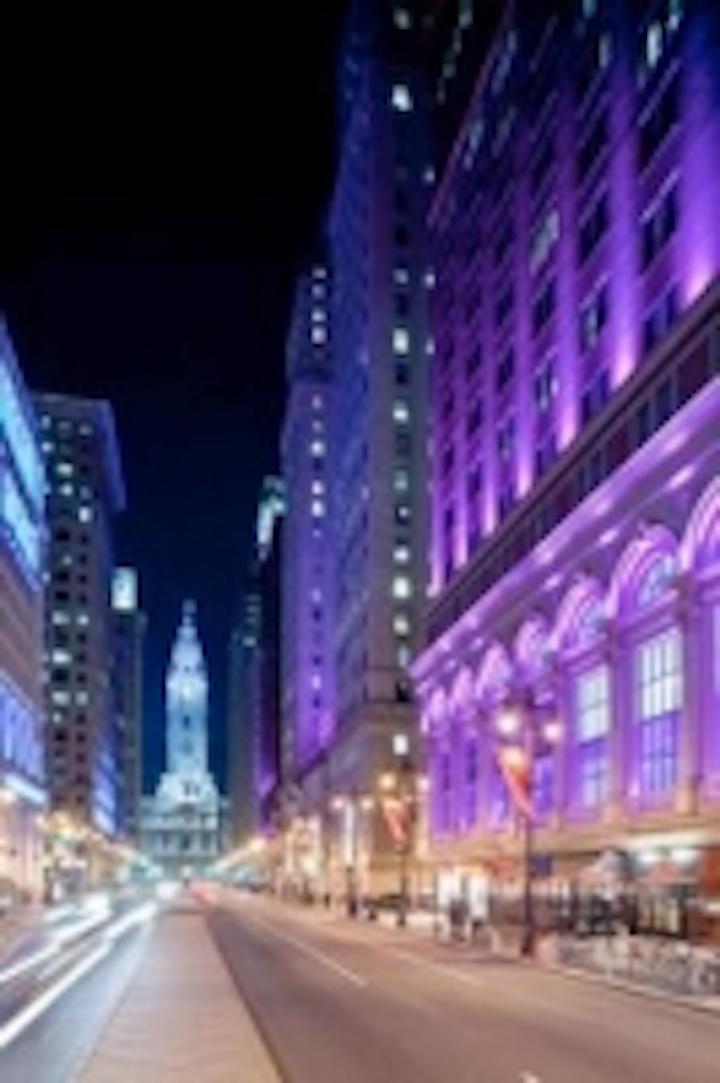Content Dam Leds En Ugc 2009 01 Philadelphia S Center City District Unveils Architectural Facade Led Lighting From Phillips Leftcolumn Article Thumbnailimage File