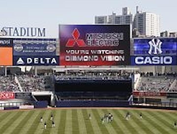 Content Dam Leds En Ugc 2009 04 Mitsubishi Electric Diamond Vision Screen Shines At Yankee Stadium Opening Leftcolumn Article Thumbnailimage File