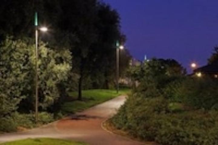 Content Dam Leds En Ugc 2009 04 Mk Hospital S Led Light Columns Improve Safety For Pedestrians Leftcolumn Article Thumbnailimage File