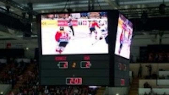 Content Dam Leds En Ugc 2009 05 Retop Led Display Used In Ice Hockey World Championship In Switzerland Leftcolumn Article Thumbnailimage File