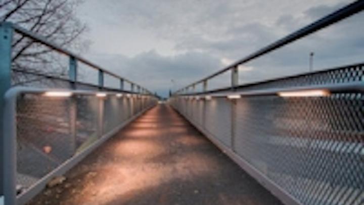 Content Dam Leds En Ugc 2010 02 Ltp Designs Supplies Lighting Scheme For Perryn Road Footbridge Leftcolumn Article Thumbnailimage File