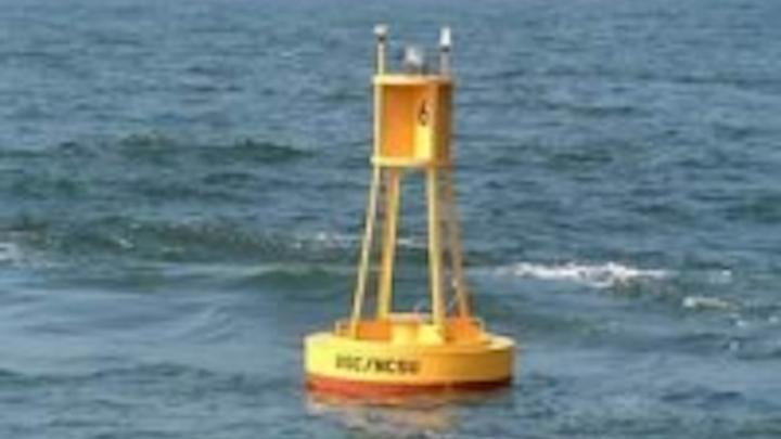 Content Dam Leds En Ugc 2010 03 Carmanah And Sabik Partner To Deliver Marine Lighting Leftcolumn Article Thumbnailimage File