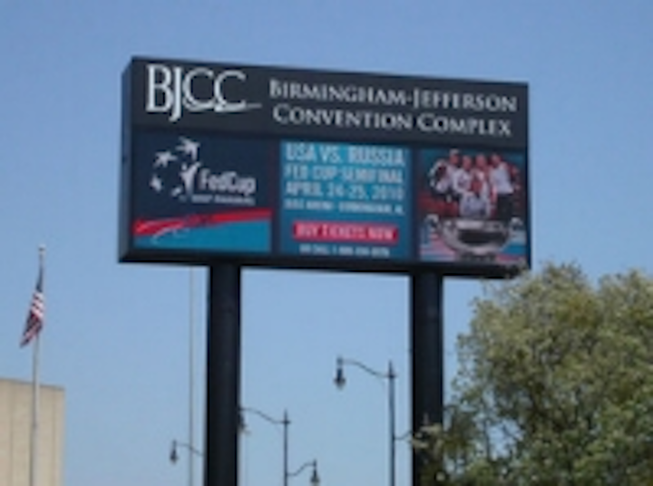 Content Dam Leds En Ugc 2010 04 Daktronics Installs Led Billboard At Birmingham Jefferson Convention Complex Leftcolumn Article Thumbnailimage File