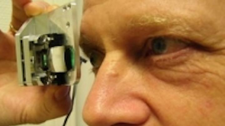 Content Dam Leds En Ugc 2010 04 Fraunhover Demonstrates Oled Data Eyeglasses Using A Bidirectional Microdisplay Leftcolumn Article Thumbnailimage File