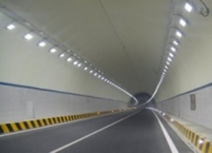 Content Dam Leds En Ugc 2010 04 Led Tunnel Lighting Yields 60 Energy Savings For Chinese Highway Project Leftcolumn Article Thumbnailimage File