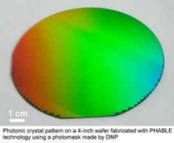 Content Dam Leds En Ugc 2011 01 Major Milestone Passed With Photonic Crystal Patterning On Full 4 Wafers With Phable Technology Leftcolumn Article Thumbnailimage File
