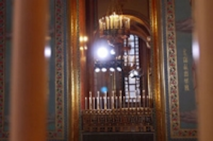 Content Dam Leds En Ugc 2011 02 Robe Ledwash 600s Light Up Cathedral Of Christ The Saviour In Moscow Leftcolumn Article Thumbnailimage File