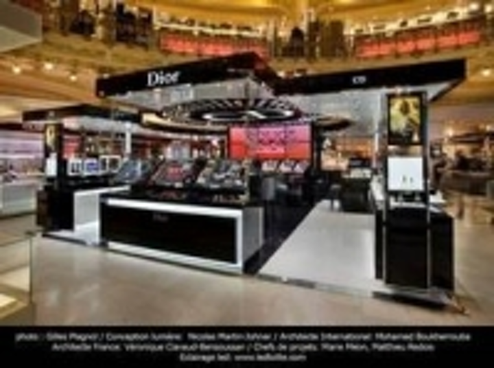 Content Dam Leds En Ugc 2011 04 Bridgelux Led Arrays Selected By Ledtolite To Illuminate Dior Booth In Galeries Lafayette Leftcolumn Article Thumbnailimage File
