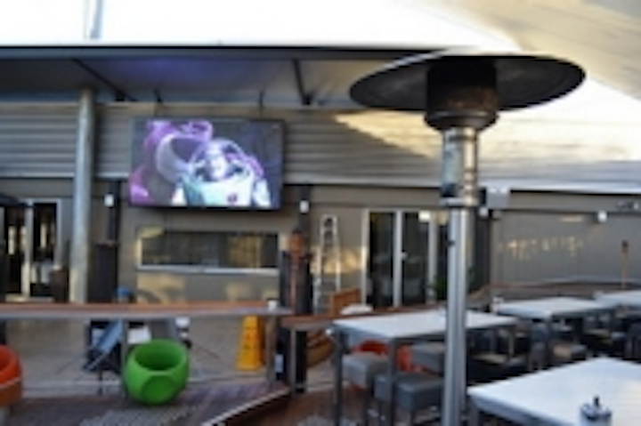 Content Dam Leds En Ugc 2011 07 Createled Installs First Outdoor Highest Resolution Led Display In Australia Leftcolumn Article Thumbnailimage File