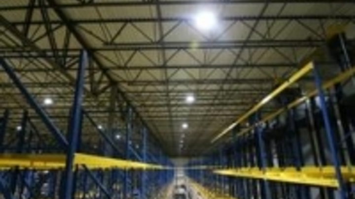 Content Dam Leds En Ugc 2011 09 Interstate Warehousing Installs Digital Lumens Intelligent Led Lighting Systems Leftcolumn Article Thumbnailimage File