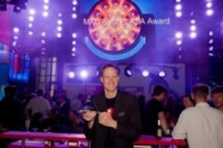 Content Dam Leds En Ugc 2011 09 Martin Mac Aura Wins Plasa Award For Innovation Leftcolumn Article Thumbnailimage File