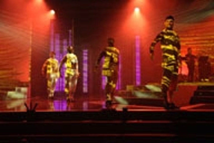 Content Dam Leds En Ugc 2011 10 Robe In Clover At Sun City Leftcolumn Article Thumbnailimage File