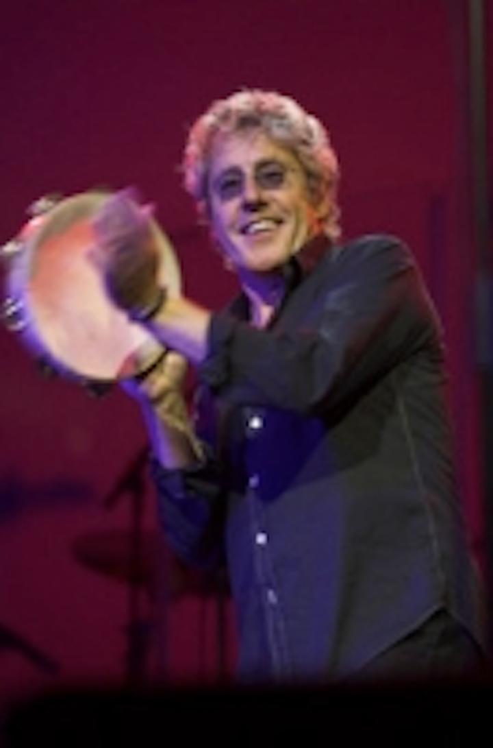 Content Dam Leds En Ugc 2011 10 Robe Lights Roger Daltrey Tour Leftcolumn Article Thumbnailimage File