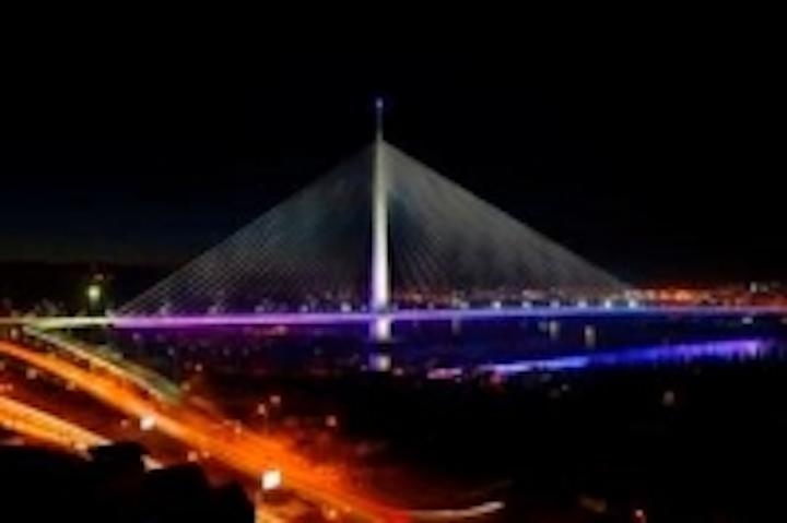 Content Dam Leds En Ugc 2012 05 1000 Pulsar Leds Illuminate State Of The Art Serbian Bridge Leftcolumn Article Thumbnailimage File
