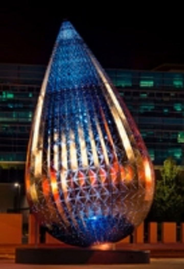 Content Dam Leds En Ugc 2012 05 Anolis Lights The Droplet Sculpture In Canberra Australia Leftcolumn Article Thumbnailimage File