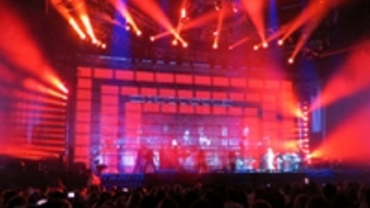 Content Dam Leds En Ugc 2012 05 Chauvet And Ednita Nazario Both Shining Stars In Concert Leftcolumn Article Thumbnailimage File