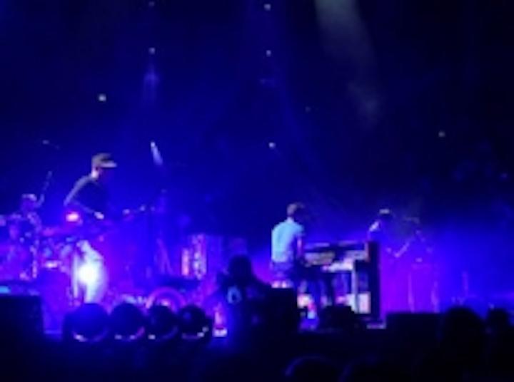 Content Dam Leds En Ugc 2012 05 Chauvet Tours With Coldplay Leftcolumn Article Thumbnailimage File