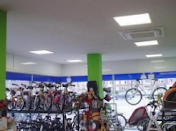 Content Dam Leds En Ugc 2012 05 Sheenly Led Panel Lights In German Bike Shops Leftcolumn Article Thumbnailimage File