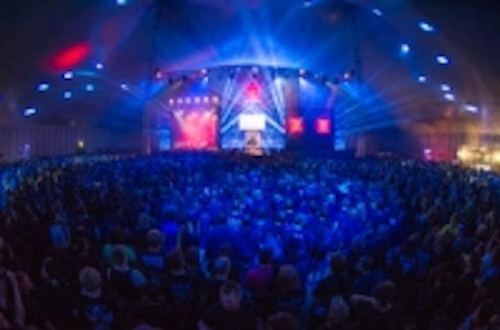 Content Dam Leds En Ugc 2012 08 Robe Rocks Out On Wacken Bullhead Circus Stage Leftcolumn Article Thumbnailimage File