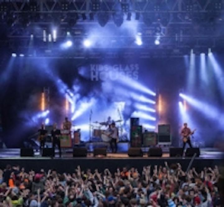 Content Dam Leds En Ugc 2012 10 Bingley Music Live Gets Livelier With Robe Leftcolumn Article Thumbnailimage File