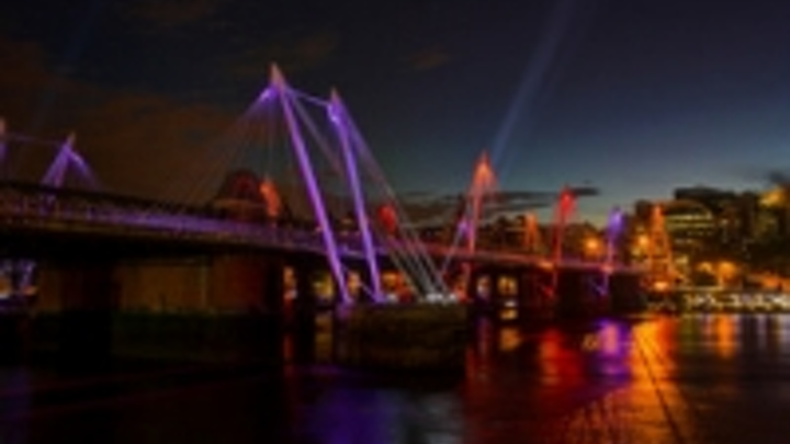 Content Dam Leds En Ugc 2012 10 London Bridges Summer Lighting Scheme Extended To Brighten Winter Commute Leftcolumn Article Thumbnailimage File