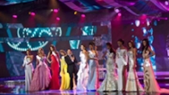 Content Dam Leds En Ugc 2012 11 Chauvet Professional Proves Reliable On Miss Venezuela Pageant Leftcolumn Article Thumbnailimage File