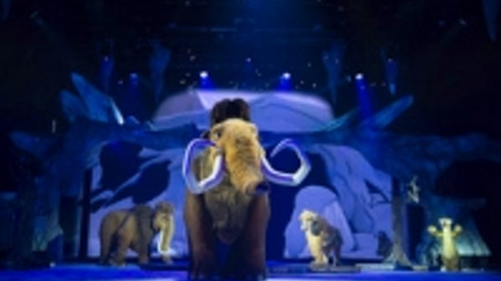 Content Dam Leds En Ugc 2012 11 Ice Age Live Is Painted With Light Leftcolumn Article Thumbnailimage File