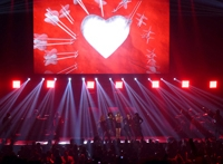 Content Dam Leds En Ugc 2012 12 Chauvet Professional Lights Taylor Swift Justin Bieber Leftcolumn Article Thumbnailimage File