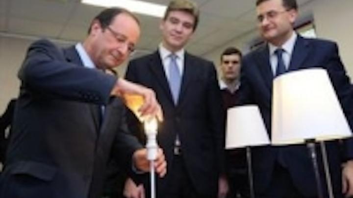 Content Dam Leds En Ugc 2012 12 French President Francois Hollande Meets Lucibel Teams Leftcolumn Article Thumbnailimage File