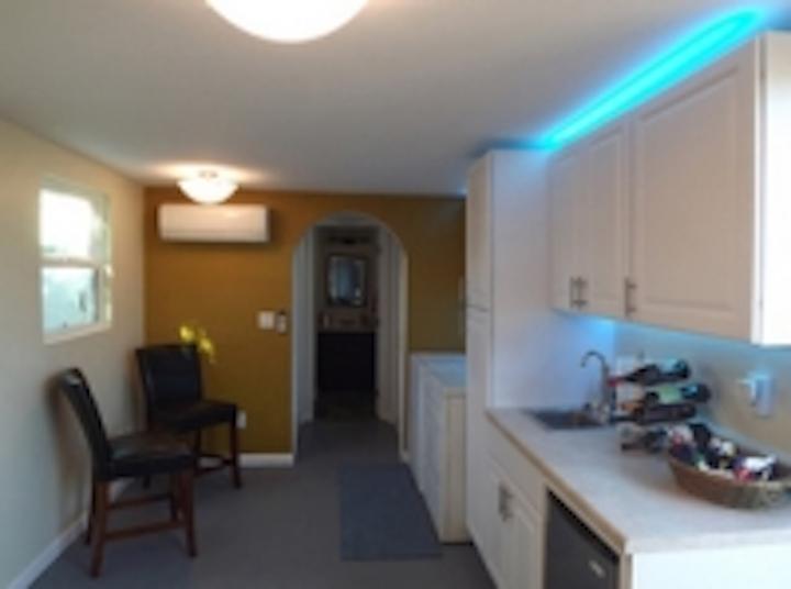 Content Dam Leds En Ugc 2012 12 Green Garage Remodel Features Led Lighting From Environmentallights Com Leftcolumn Article Thumbnailimage File