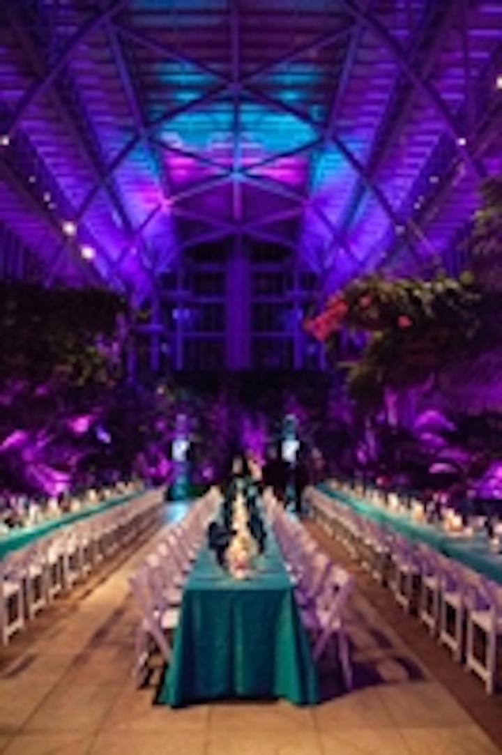 Content Dam Leds En Ugc 2012 12 Historical Greenhouse Glows With Chauvet Professional Leftcolumn Article Thumbnailimage File