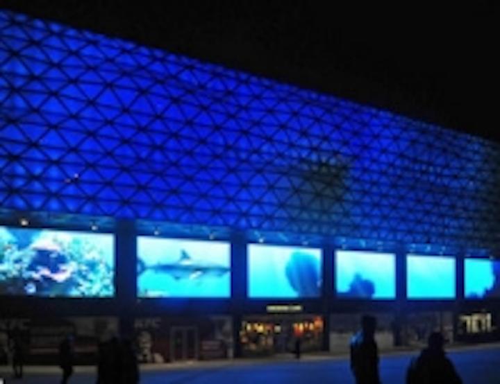 Content Dam Leds En Ugc 2012 12 Kiev S Brand New Ocean Plaza Gets Ekta S Giant Led Screen Treatment Leftcolumn Article Thumbnailimage File