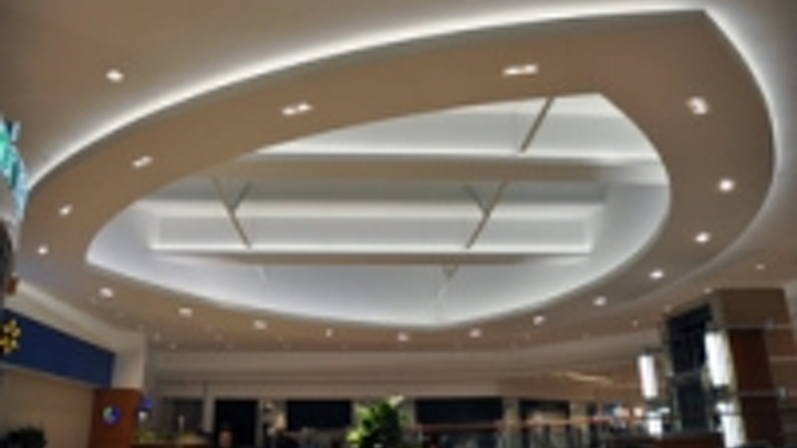 Content Dam Leds En Ugc 2013 01 Gva Lighting S Highlighter Leads Scarborough Mall To A Brighter Future Leftcolumn Article Thumbnailimage File