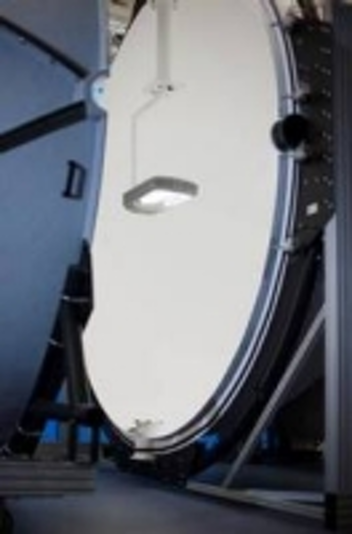 Content Dam Leds En Ugc 2013 01 Pro Lite Installs Largest Illumia Sphere Photometer In The Uk For Dw Windsor Lighting Leftcolumn Article Thumbnailimage File