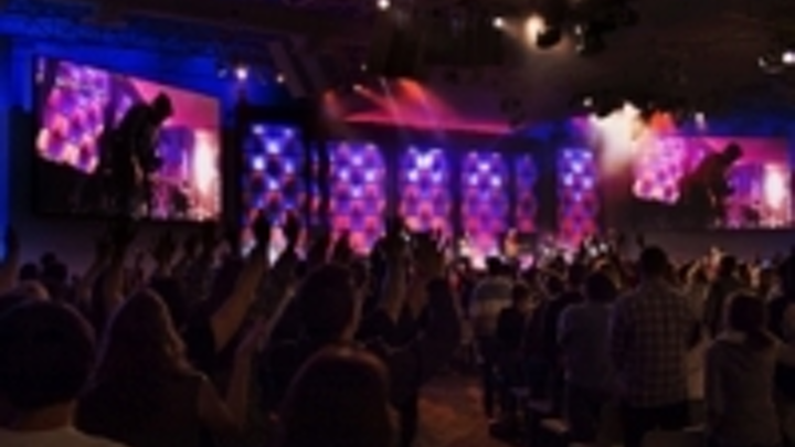 Content Dam Leds En Ugc 2013 02 Saddleback Church Adds High Resolution Video Displays For Services Leftcolumn Article Thumbnailimage File