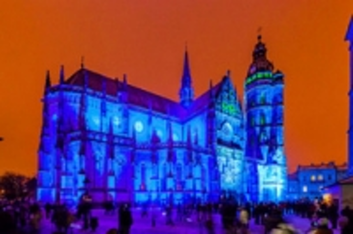 Content Dam Leds En Ugc 2013 04 Robe And Anolis Illuminate Ko Ice Cathedral For European Capital Of Culture Opening Ceremony Leftcolumn Article Thumbnailimage File